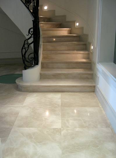 Ukstone Marble Travertine Limestone Mosaics Tile