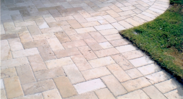 Ukstone Marble Travertine Limestone Mosaics Tile